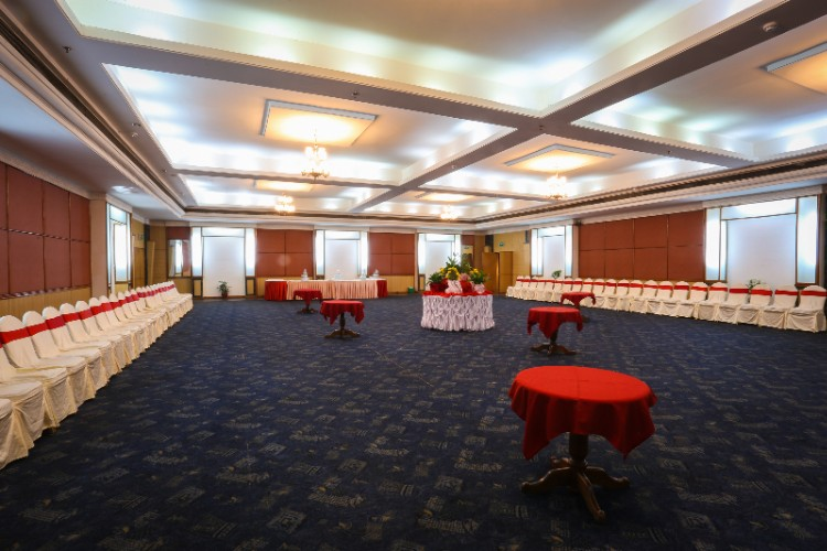 Manaslu Meeting Space Thumbnail 3