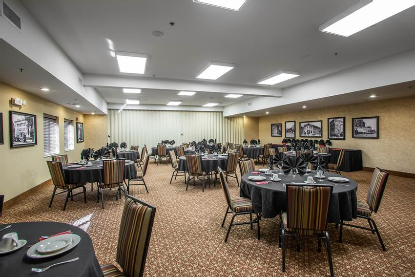 Banquet Room Meeting Space Thumbnail 2