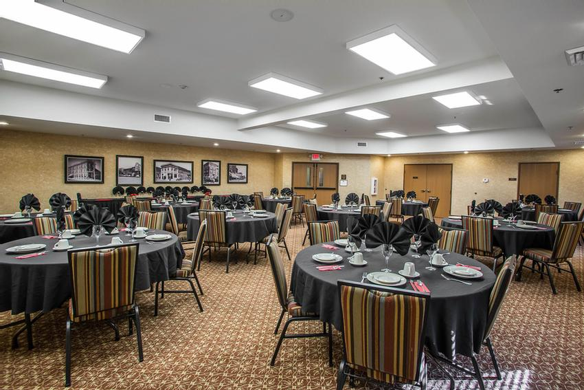 Banquet Room Meeting Space Thumbnail 3
