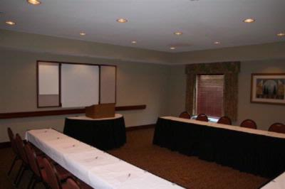Hampton Inn Meeting Rm. Meeting Space Thumbnail 1