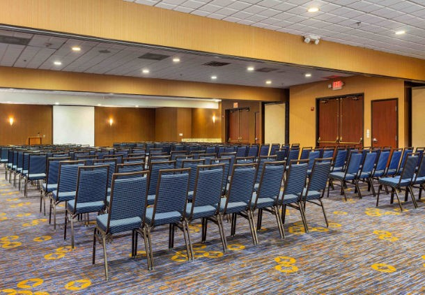 Courtyard Ballroom Meeting Space Thumbnail 1