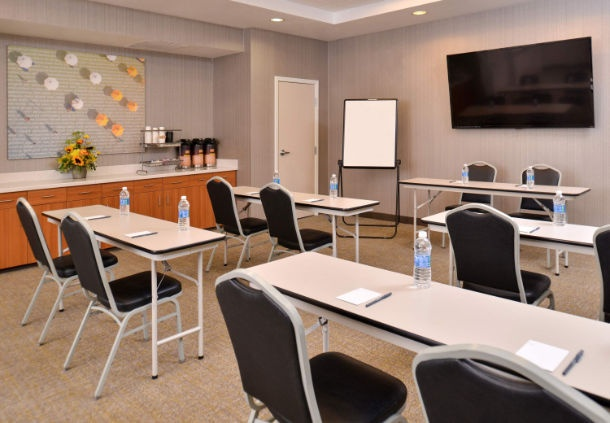 Photo of SpringHill Suites Meeting Room