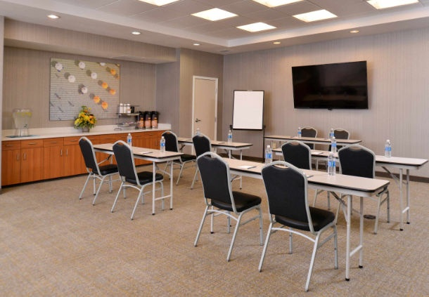 SpringHill Suites Meeting Room Meeting Space Thumbnail 2