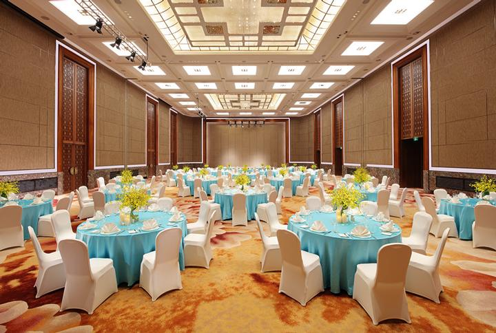 HUACAI Grand Ballroom Meeting Space Thumbnail 3