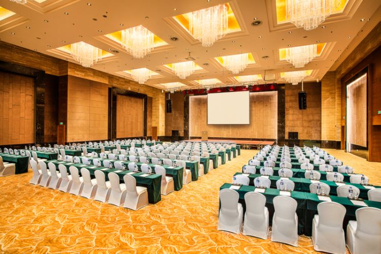 Riviere Ballroom Meeting Space Thumbnail 2