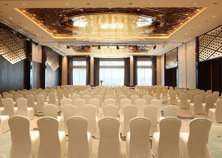 Grand Ballroom Room Meeting Space Thumbnail 1