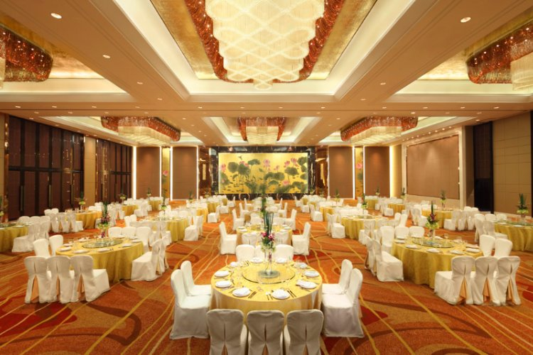 Grand Yangtze Ballroom Meeting Space Thumbnail 1