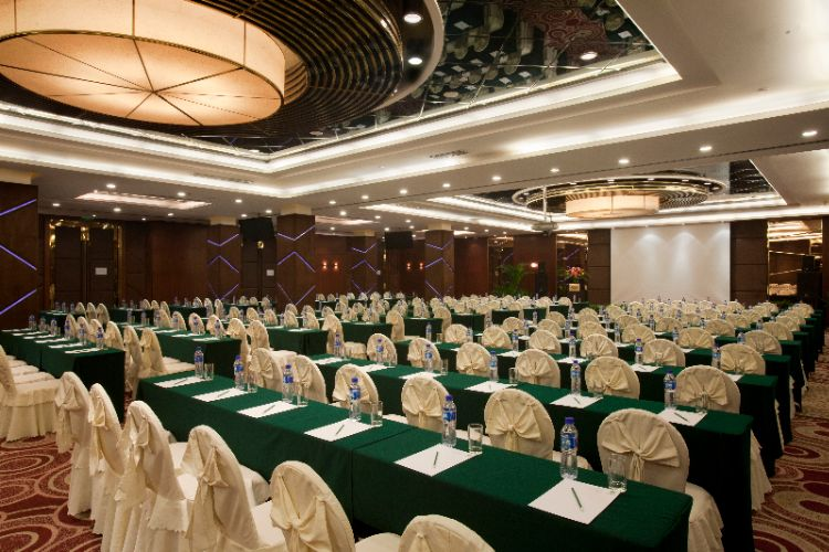 The Three Gorges Room Meeting Space Thumbnail 2