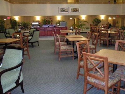 Photo of Comfort Inn & Suites Atrium
