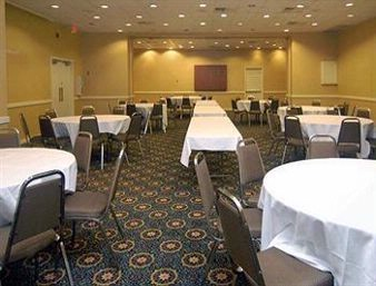 Regency 1 & 2 (Large Metings and Banquets) Meeting Space Thumbnail 1
