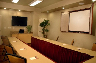 Roseville Room Meeting Space Thumbnail 1