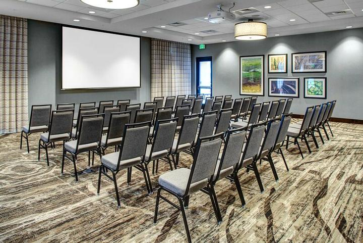 Madison Room Meeting Space Thumbnail 1