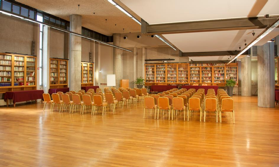 Sala Biblioteca Meeting Space Thumbnail 3