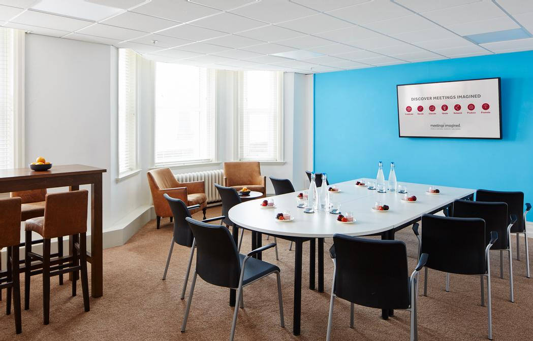 Sandbanks Suite Meeting Space Thumbnail 1
