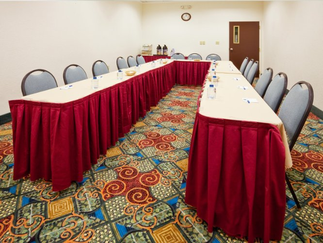 East Windsor Room Meeting Space Thumbnail 3