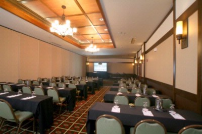 Odana Ballroom Meeting Space Thumbnail 2