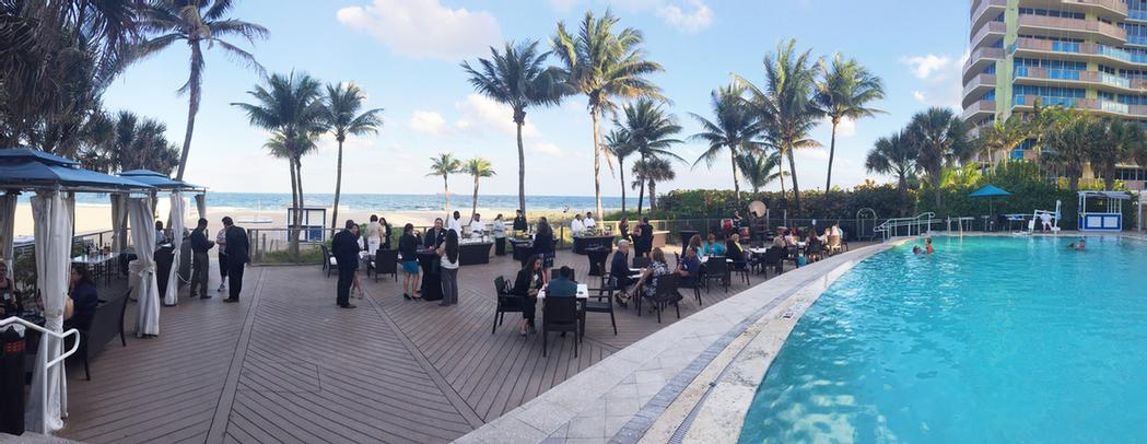 Beachside Pool Deck Meeting Space Thumbnail 1