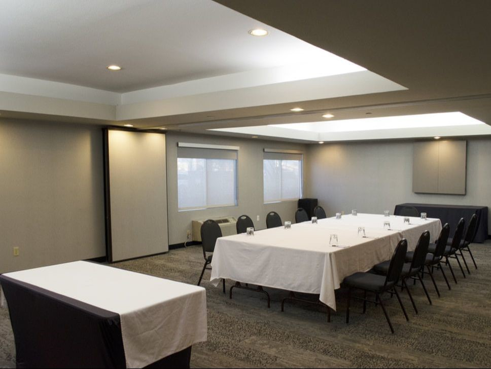 The Embarcadero Room Meeting Space Thumbnail 2