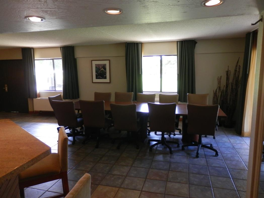 Photo of Executive Meeting Suite