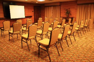 Pikes Peak Room Meeting Space Thumbnail 3