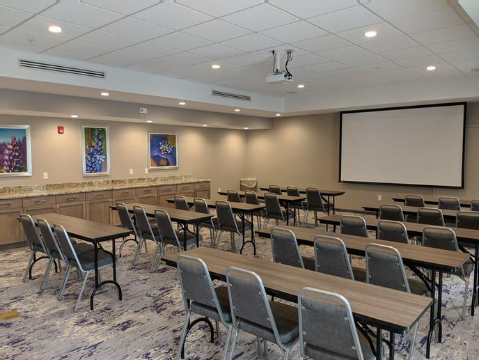 Hartford Room Meeting Space Thumbnail 2