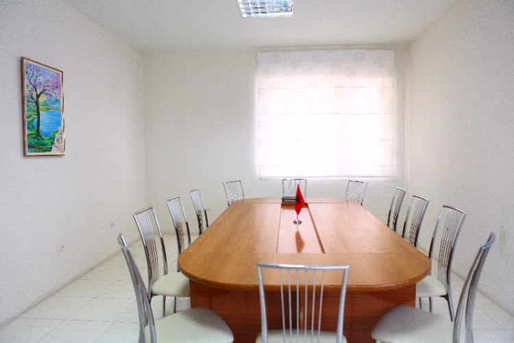 Business Room Meeting Space Thumbnail 1