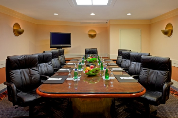 Photo of Glendale Board room