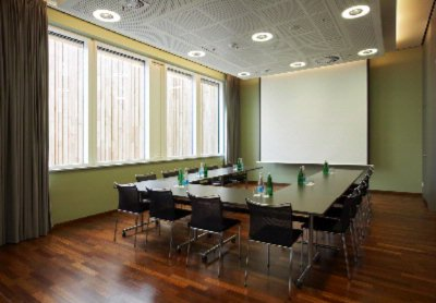 Bookmark 7 Meeting Space Thumbnail 1