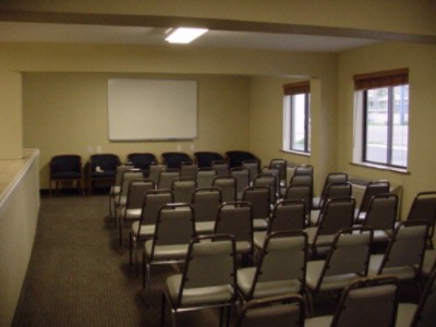 Super 8 Conference Room Meeting Space Thumbnail 2