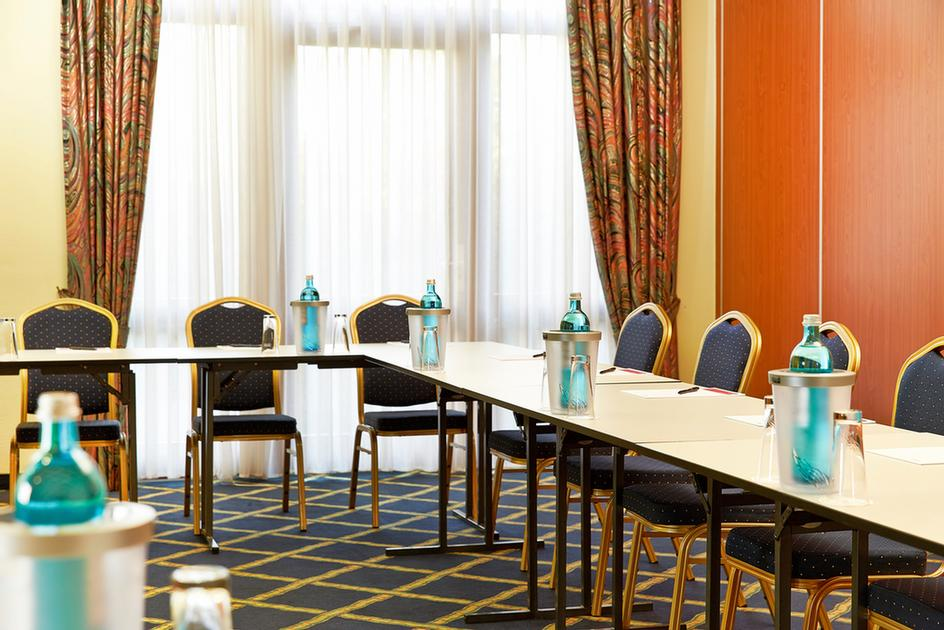 1 Berlin Meeting Space Thumbnail 1