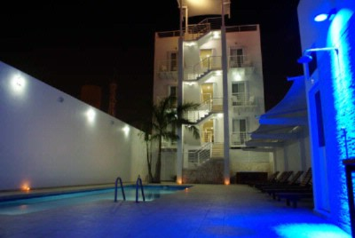 Photo of Pool & Jacuzzi Area