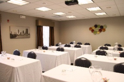 Photo of Hampton Meeting Room