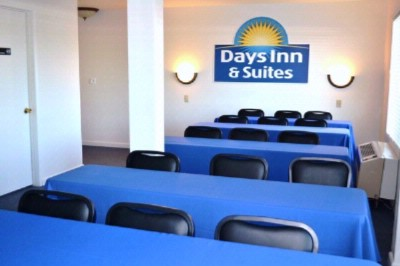Days Inn Suites Huntington Beach Fountain Valley Ca