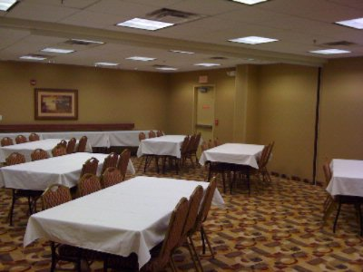 Adlai Stevenson Conference Room Meeting Space Thumbnail 1