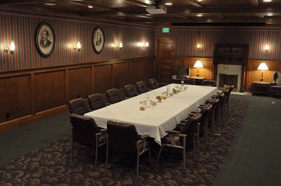 Crescent Room Meeting Space Thumbnail 3
