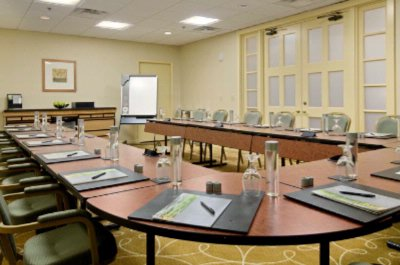 Photo of Gulf Boardroom