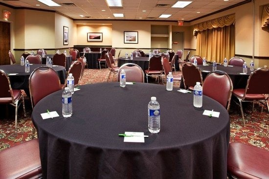 Riverfront Ballroom Meeting Space Thumbnail 2
