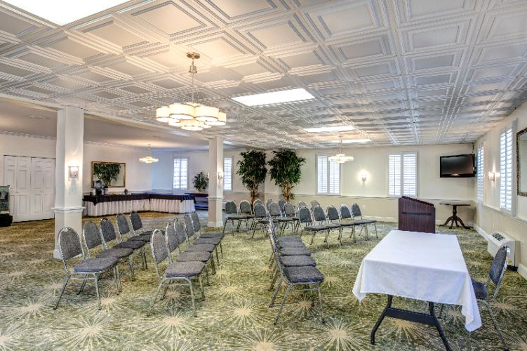 Dolphin Room Meeting Space Thumbnail 3
