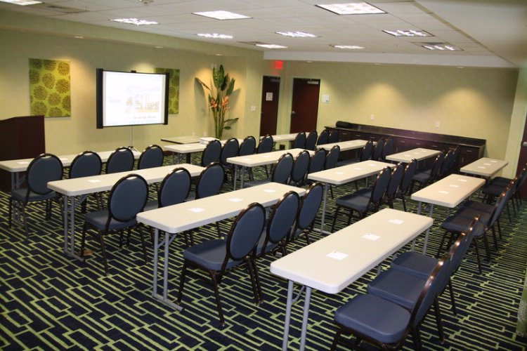 Holiday Inn Express Suites Apopka Apopka Fl 238 South