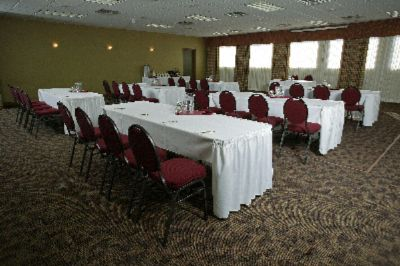 Courtenay/Comox Ballroom Meeting Space Thumbnail 1