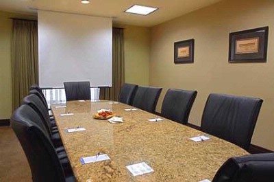 Photo of University Boardroom