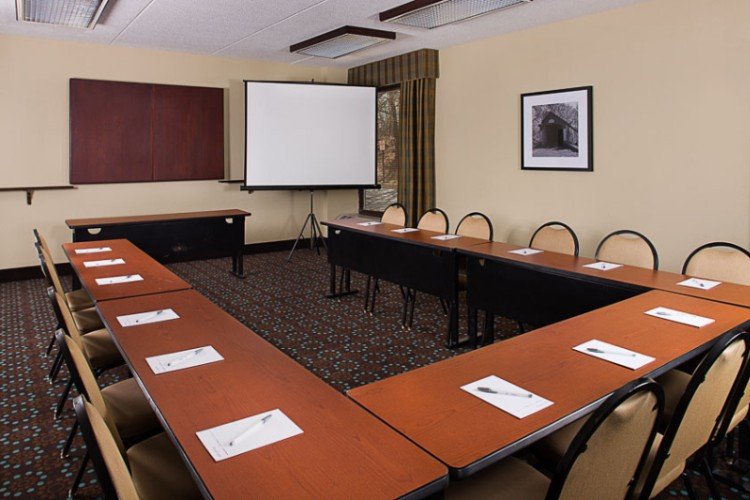 Pennsylvania & Liberty Rooms Combined Meeting Space Thumbnail 2
