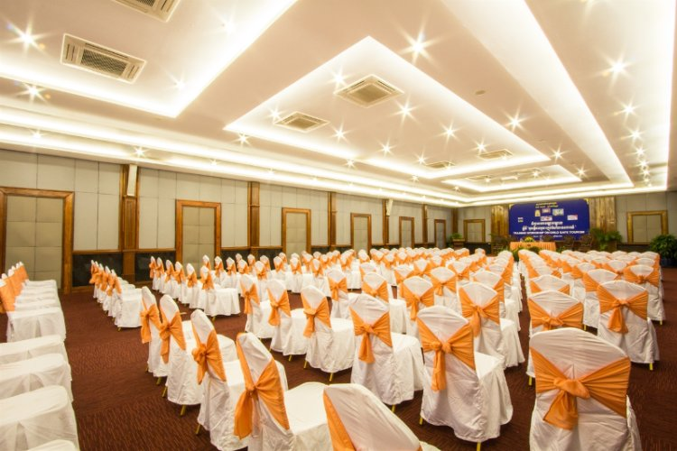 Grand Meeting & Banquet Room Meeting Space Thumbnail 1