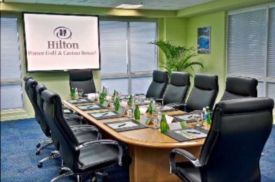 Photo of Hilton Meetings Boardroom