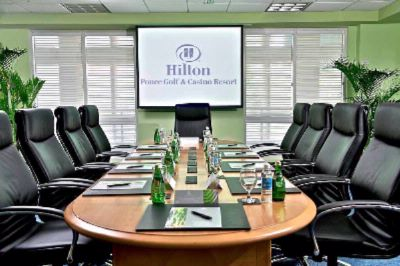 Hilton Meetings Boardroom Meeting Space Thumbnail 3