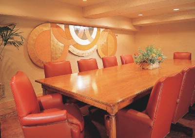 Photo of Pinos Boardroom