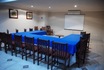 SALON LAS FLORES Meeting Space Thumbnail 1