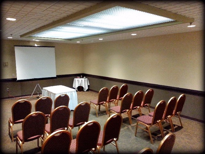 Aspen Room Meeting Space Thumbnail 1