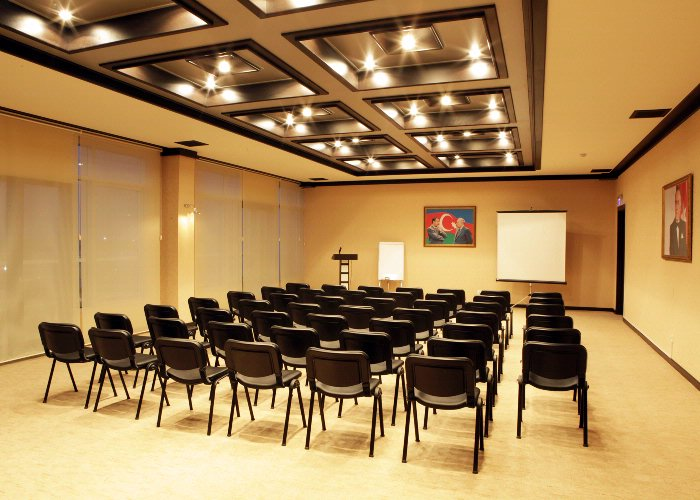 Banu Meeting Room Meeting Space Thumbnail 2