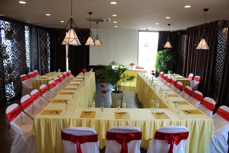 Photo of Tirant Hotel Meeting room